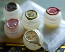 Load image into Gallery viewer, Solid Perfume Discovery Set of Nine