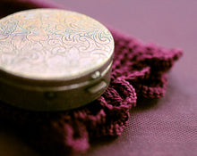 Load image into Gallery viewer, Vespertina Solid Natural Perfume in Round Compact with Pouch