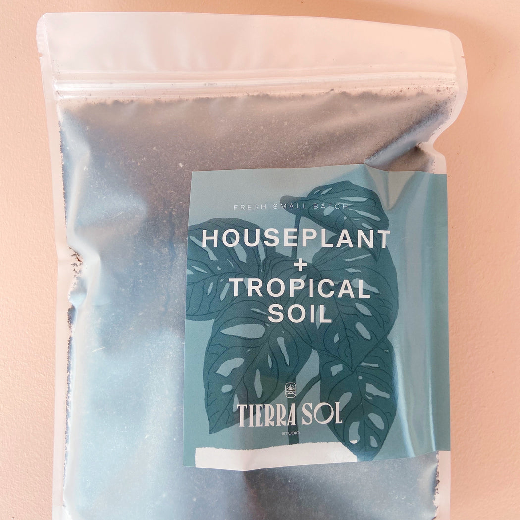 Houseplant + Tropicals Soil 10x8 Bag; Soil + Sand.