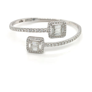 18K White Gold Timeless Baguette Bangle