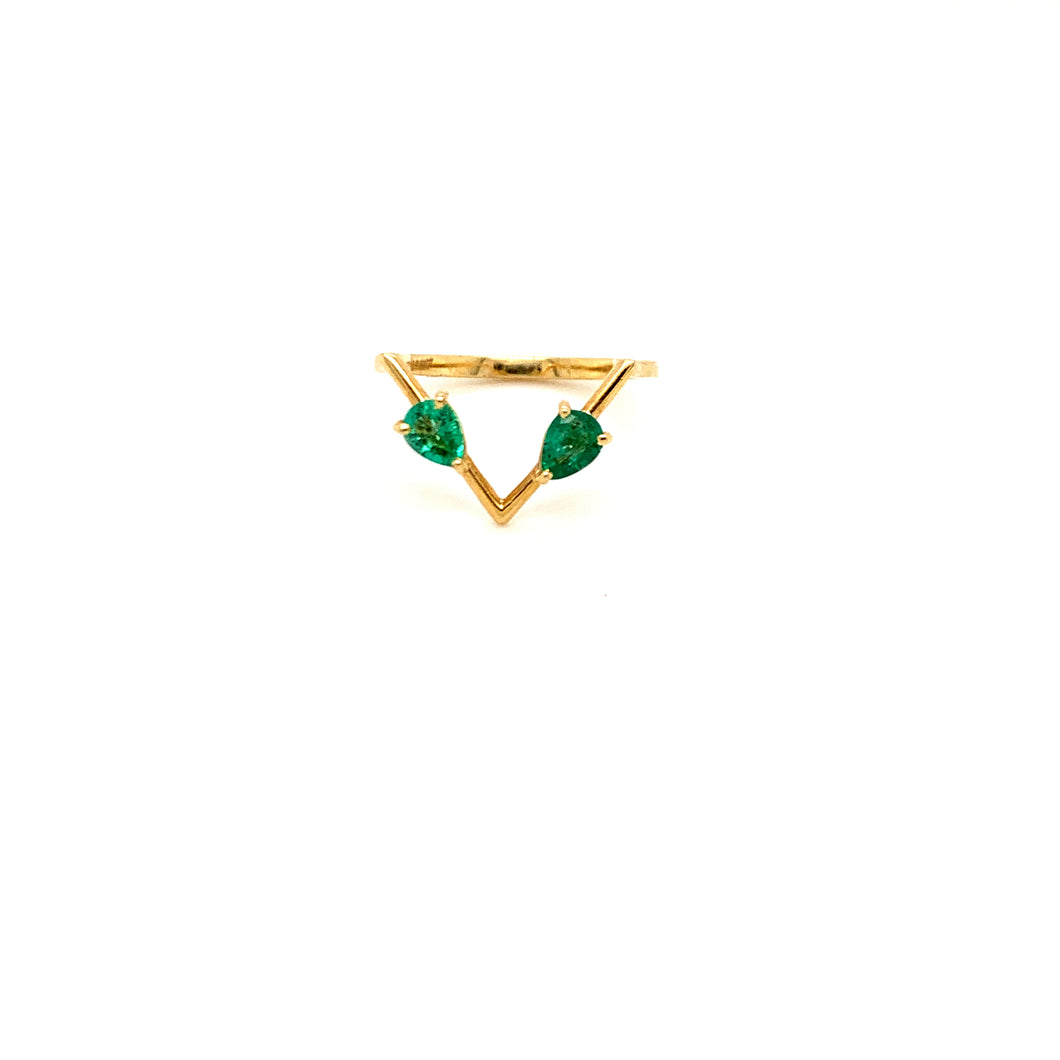 Everyday Sparkle Yellow Gold with Emerald Triangle Ring
