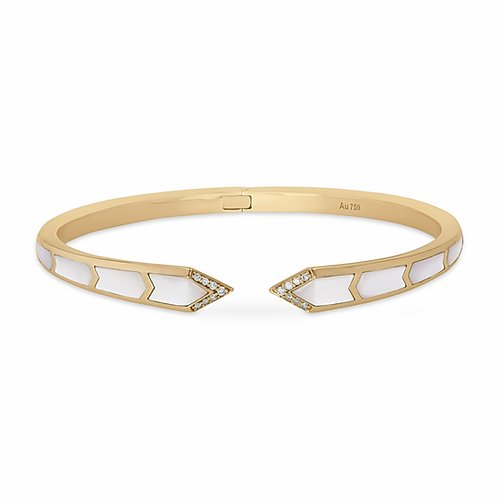 18K YELLOW GOLD- JUNONIA BANGLE- WHITE MOTHER OF PEARL- 9.48G
