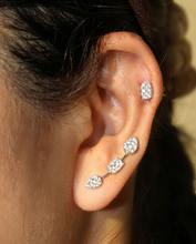Load image into Gallery viewer, 18K White Gold Reverie Cushion Cluster Studs