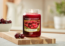 Load image into Gallery viewer, YANKEE CLASSIC JAR LARGE - Black Cherry