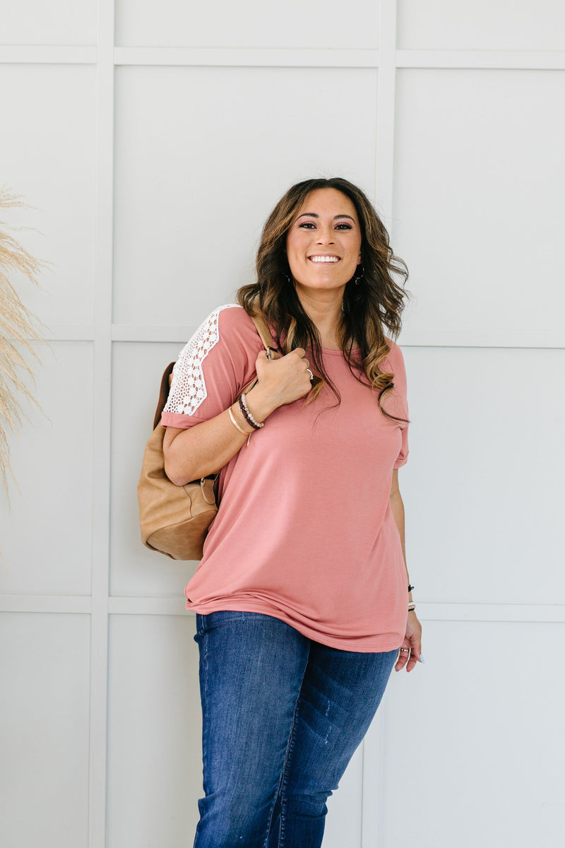 Lace Up The Sleeve Top In Mauve