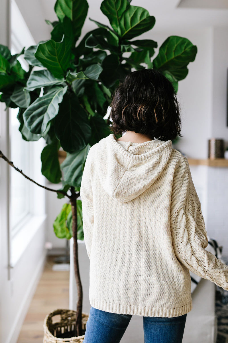Nantucket Hooded Cable Knit Sweater In Cream