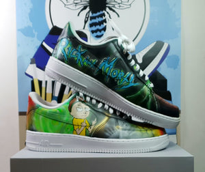 Galaxy Rick y Morty Customs