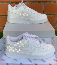 Load image into Gallery viewer, LV Air Force 1