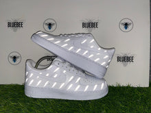 Charger l'image dans la galerie, Custom Air Force 1 Lightening bolts