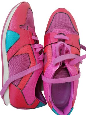 Burberry Pink sneakers Burberry, Size 36 Burberry  (4601131302967)