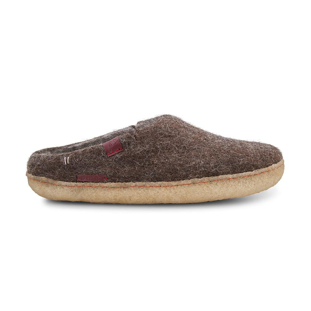 Classic Slipper - Brown with Rubber