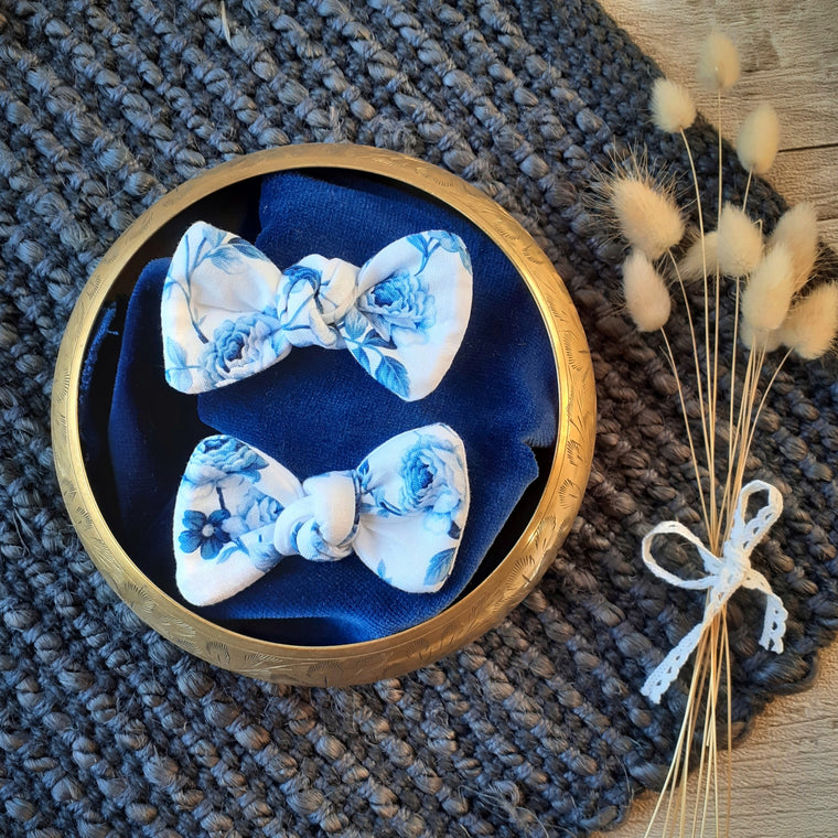 Tiny Trends NZ: Floral Twist Bow - Blue and White