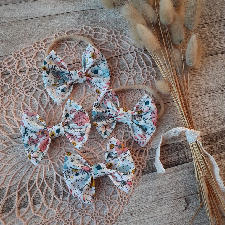 Tiny Trends NZ: Floral Bow - White, Pink & Blue