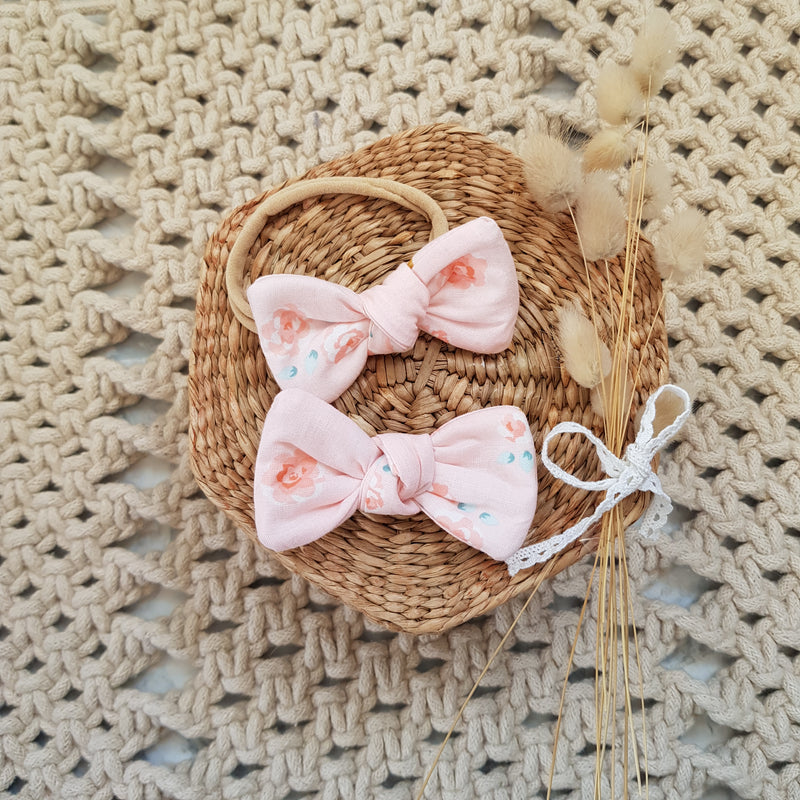 Tiny Trends NZ: Floral Twist Bow - Pink - KidsnToys.co.nz