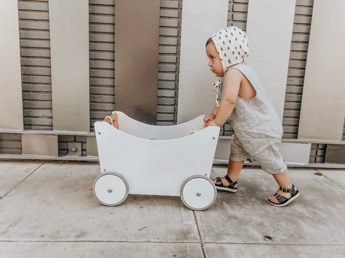 Kinderfeets: Toy Box & Walker