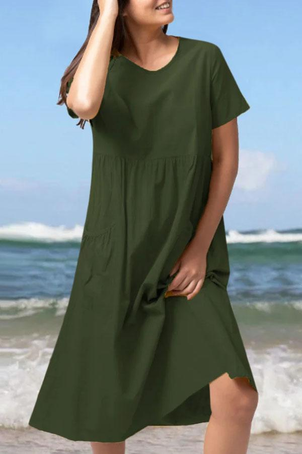 Solid Casual Paneled Pleated Side Pockets Midi Dress