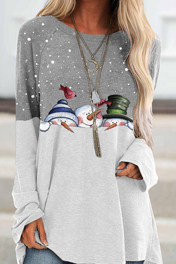 Cartoon Three Snowman With Bird In Snow Print Color-block Christmas T-shirt