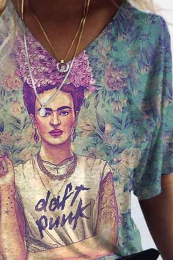 Street Fashion Frida Kahlo Smoking With Floral Headwear Print T-shirt