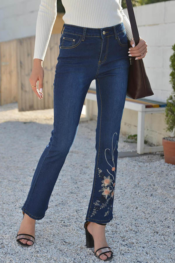 Women Floral Embroidery Paneled Pockets Bell-bottomed Temperament Jeans