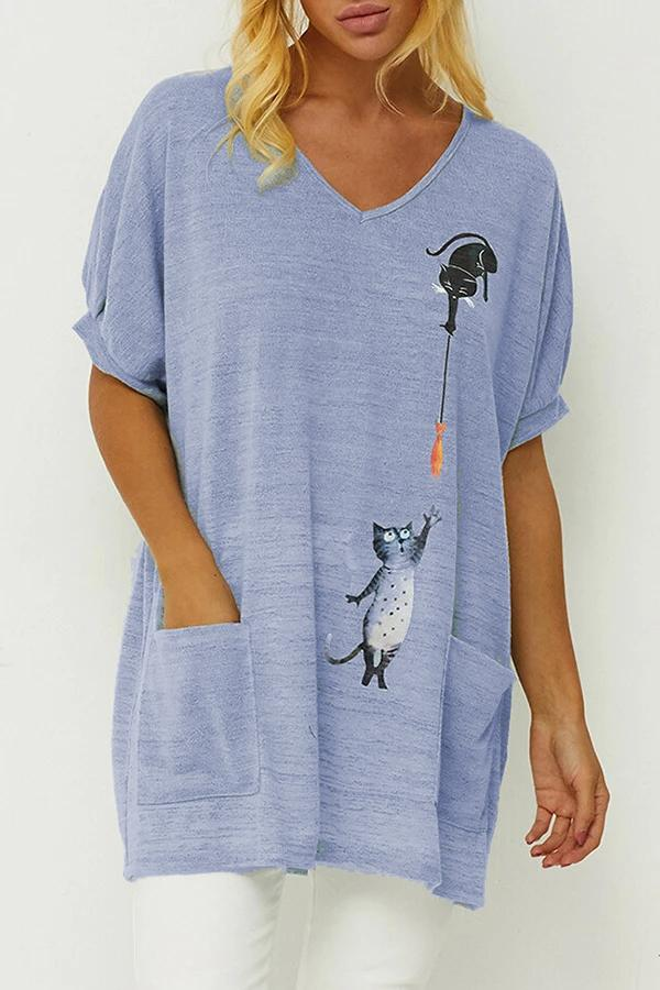 V-neck Cat Print Paneled Side Pockets Casual T-shirt