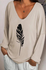 Paneled Feather Print V-neck Casual Long Sleeves T-shirt