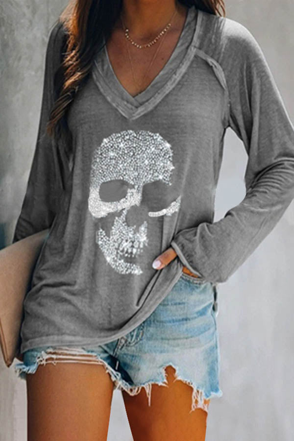 Street Skull Hot Drilling Appliqued Paneled V-neck T-shirt