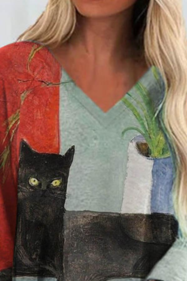 Color-block Black Cat Holding Plaid Bag Print V-neck T-shirt