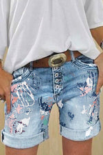 Abstract Print Paneled Folds Buttoned Short Jeans