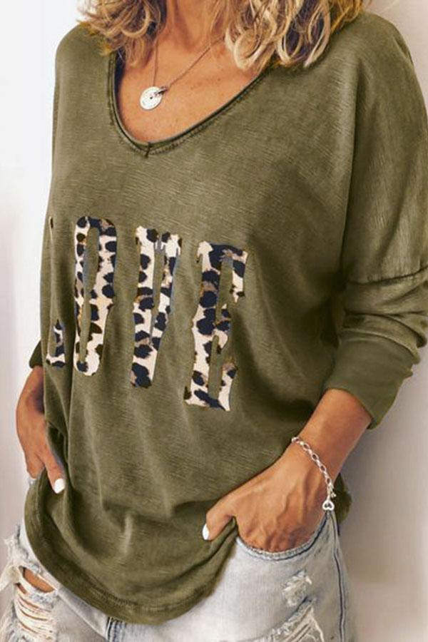 Letter Print V-neck Long Sleeves Blouse