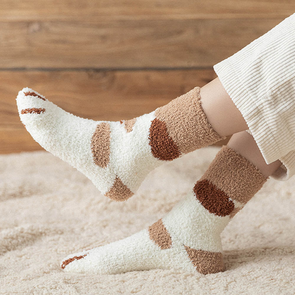 Lovely Cat Paw Jacquard Fuzzy Household Middle Socks