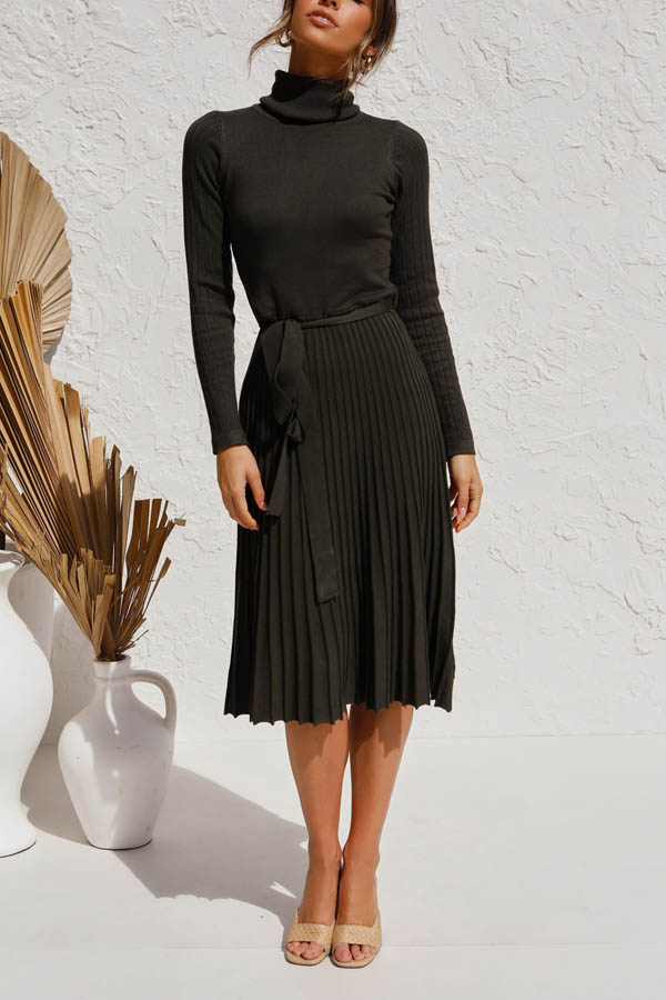 Elegant Lady Solid Turtleneck Knitted Pleated A-line Sweater Dress