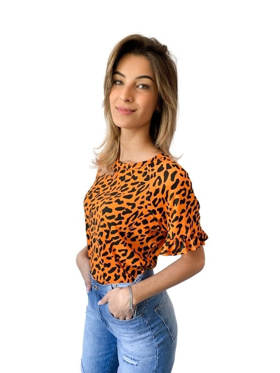 T-SHIRT MANGA BABADO ANIMAL PRINT