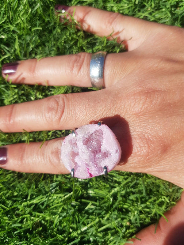 Candy Aura Adjustable Cocktail RIng