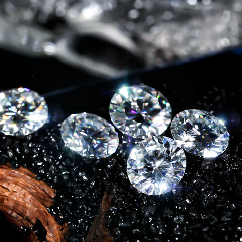 Moissanite VS Diamond-TrifairyGem.com Blogs tell you the difference
