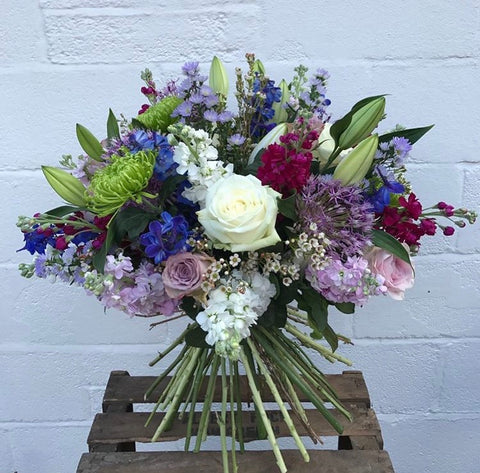 mulberry-meadows-flower-arrangement