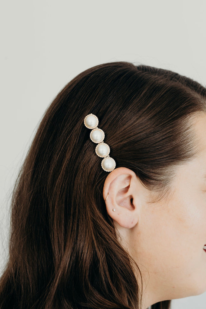 JUNE / PEARL BARRETTE
