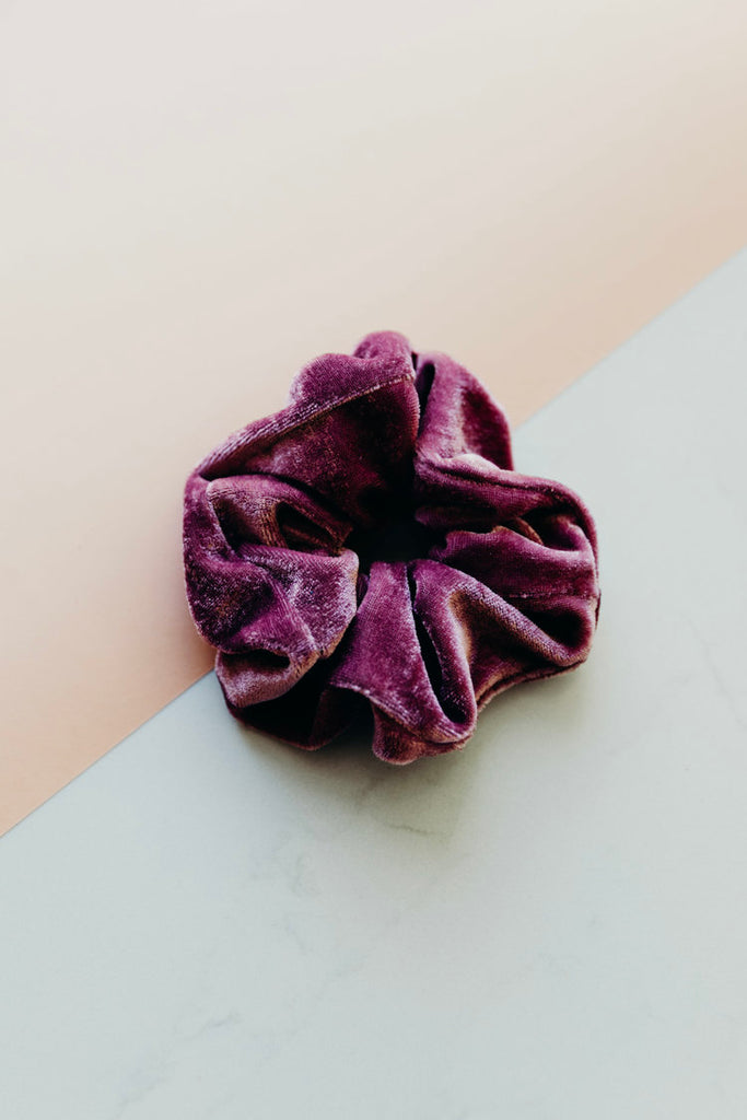 RUBY / PINK SCRUNCHIE