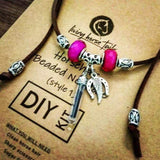 Living Horse Tails - DIY Kit Horsehair Beaded Necklace with Acrylic Bead