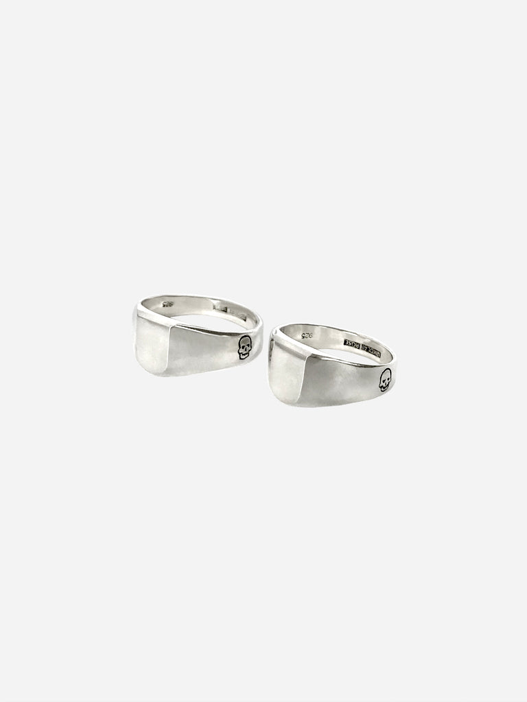 Inverted Skull Couple Rings