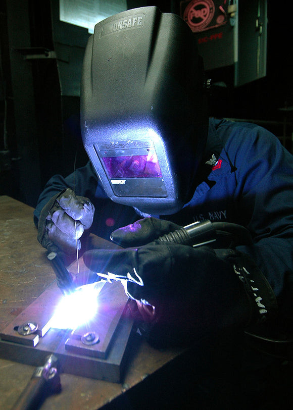 Key questions about welding torch fume extraction