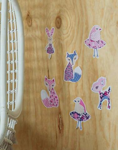 Forest Friends pink Wall Stickers