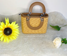 Load image into Gallery viewer, Tamar woven hand bag - Endynelboutique