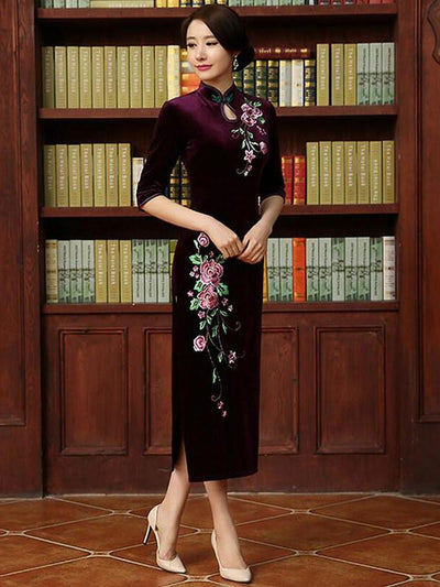 Embroidery Half Sleeve Long Cheongsam Dress