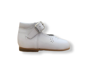 Caminito Baby White Patent Leather Buckle Shoe