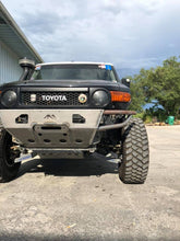 Load image into Gallery viewer, Fj Cruiser Front Hybrid Bumper - Welded