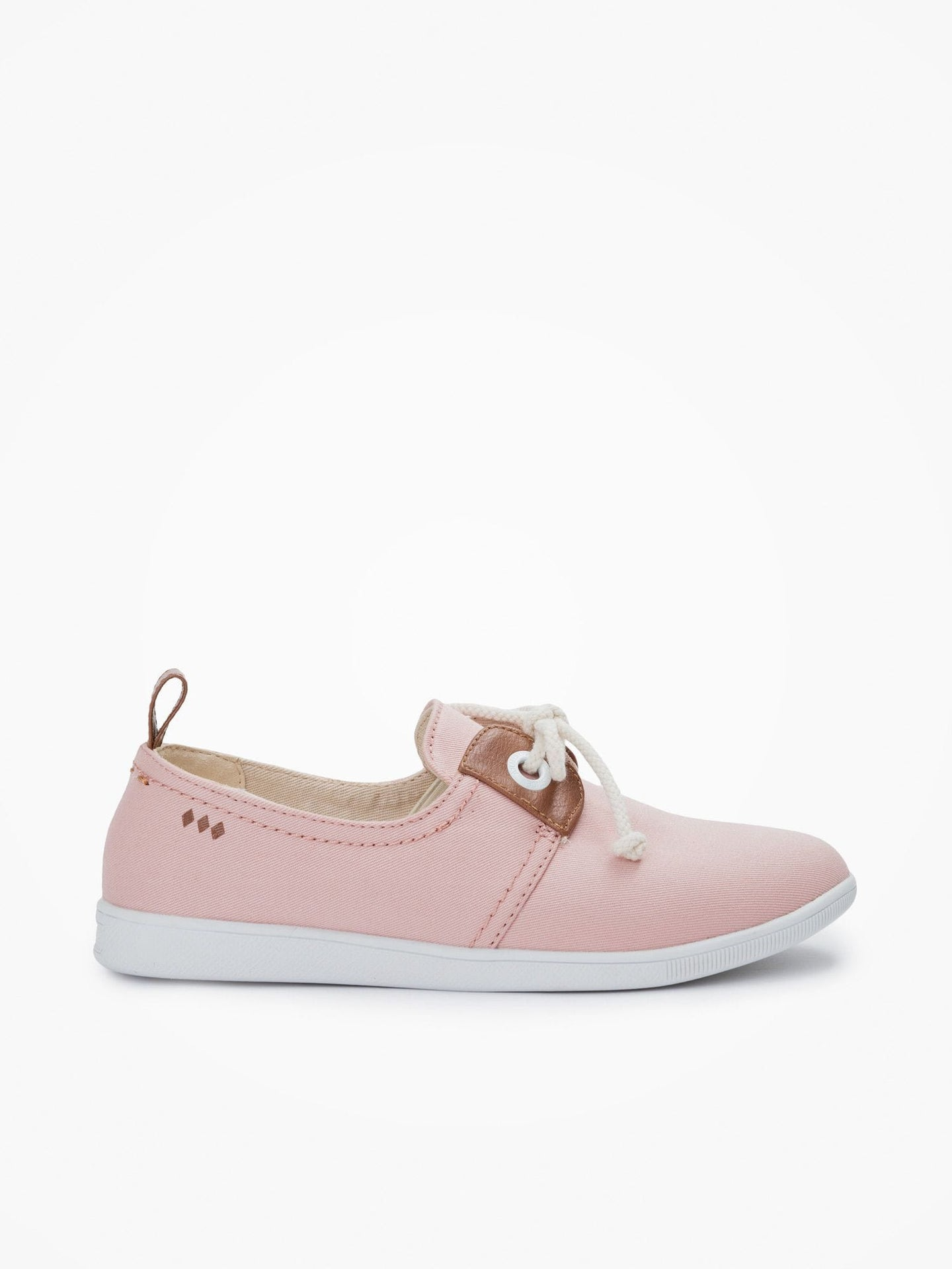This minimalist 'petite' sneaker is packed with neo-retro style which complements its nautical inspiration with details such as oversized eyelets, leather yokes and marine-inspired cord laces. Available in different colours, here rose.