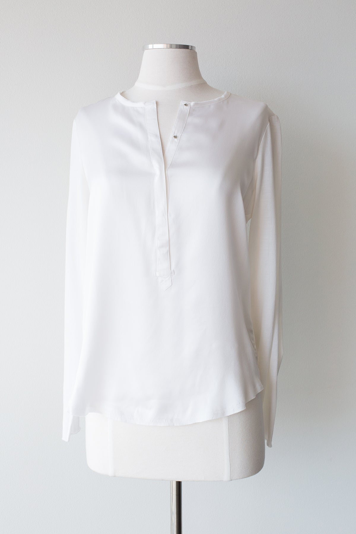 Luxe Simple Top