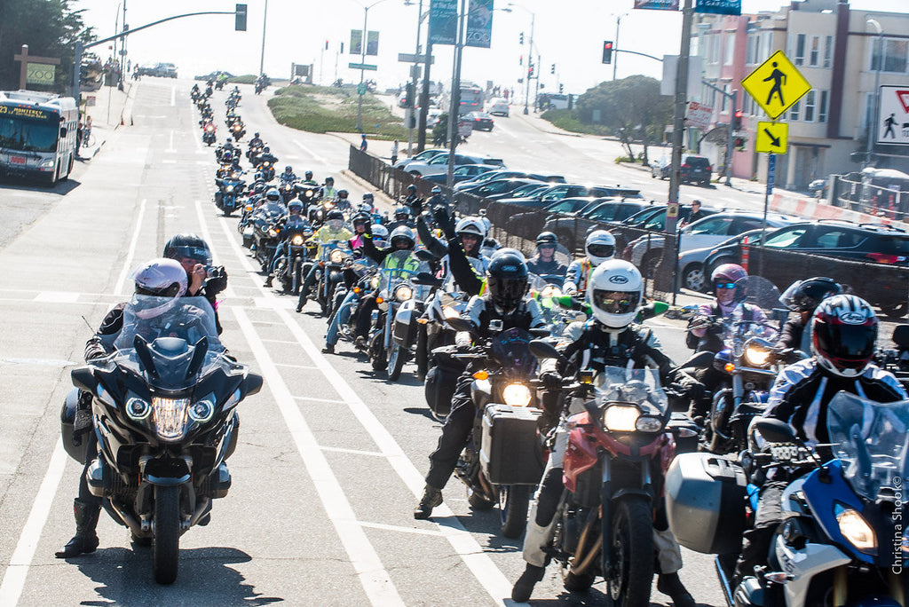100 Motorcyclists on the Road