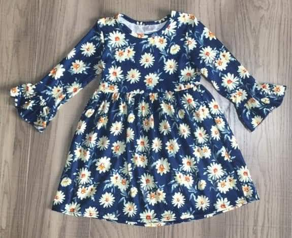 Blue Daisy dress (4T to 6/7)