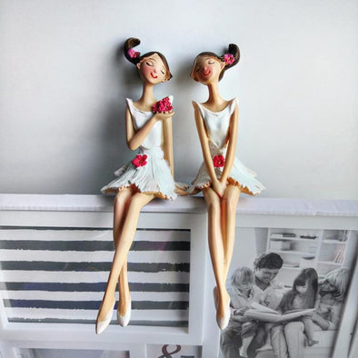 2 Piece Sisterly Love Figurine Set